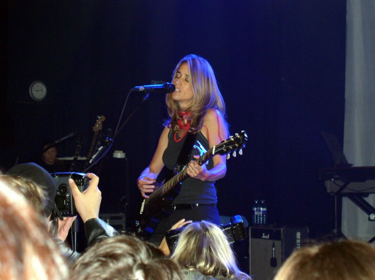 Photos from the Shepherds Bush concert taken by Anthony Snell
